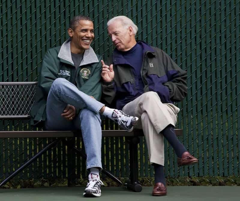 Barack Obama uses a minimalist wardrobe to reduce daily decisions.